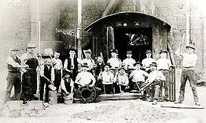 Металлургические заводы Будеруса