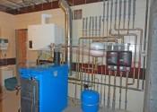 Кондесационный котел GB112-43 кВт и твердотопливный котел G211-42 кВт Buderus