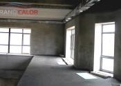 Монтаж впольных конвекторов в помещении бассейна